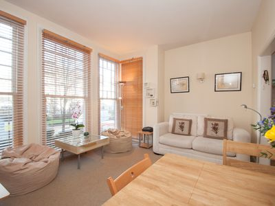 Photo for UP TO 20% OFF - Cosy apartment sleeping 4, located in leafy Hampstead (Veeve)