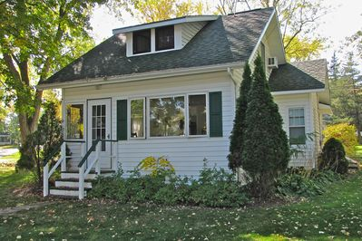 Newly remodeled, classic vintage 1930's Bungalow!