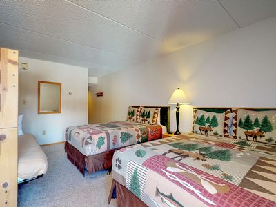Photo for Comfortable studio w/ a minifridge & shared hot tub - walk to the lift