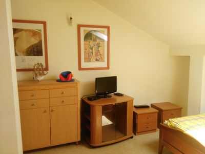 Photo for Cosy quiet apartment near the beach in the heart of Budva