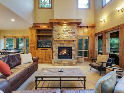 Photo for River Wild 61395: 3 BR / 2.5 BA house in Bend, Sleeps 6