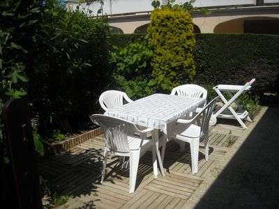 Photo for COMFORTABLE 2 P RDC CLOSED GARDEN AND TREES, PARK PRIV, DS RESIDENCE VERY QUIET