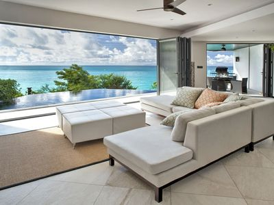 Photo for Two bedroom apartment overlooks Darkwood beach