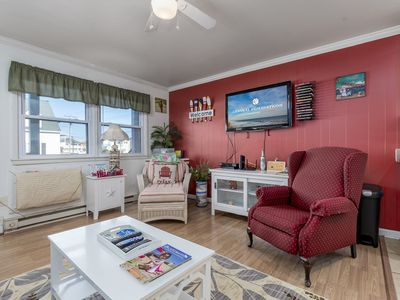 Photo for Adorable one bedroom condo close to the famous OC boardwalk