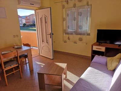 Photo for One bedroom apartment with balcony Lopar (Rab)