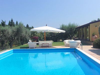 Photo for Splendid villa with private pool and garden 5 minutes from the sea