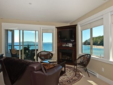 Oceanfront,Pool,Hot Tub,Tennis,5 Star, Romantic. Wow Factor!!