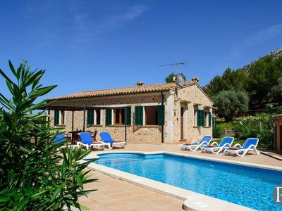 Photo for Pollenca Villa, Sleeps 6 with Pool and Air Con