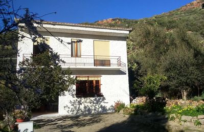 Photo for 4 Bed house, nestled in the foothills rising from the coast, with sea views