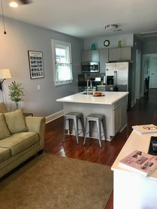 Photo for Charming One Bedroom off of Historic Oak Street