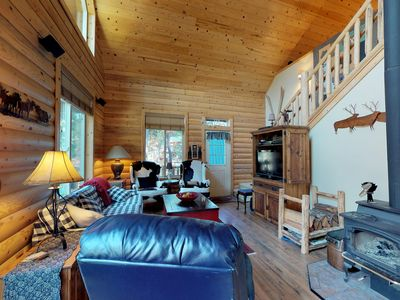 Photo for Spacious cabin & guest cottage w/hot tub, deck, walk to Fish Lake.
