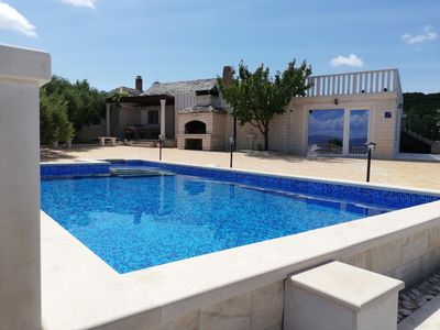 Photo for Beautiful Villa in a peaceful enviroment with pool!