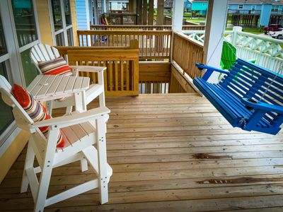 Relax on the upper deck with your favorite beverage.