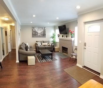 Photo for 2BR House Vacation Rental in Oak Park, Michigan