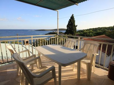 Photo for Two bedroom apartment with terrace and sea view Brgujac, Vis (A-8918-a)