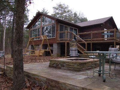 Photo for Lake Dardanelle Cabin on Dublin Bay