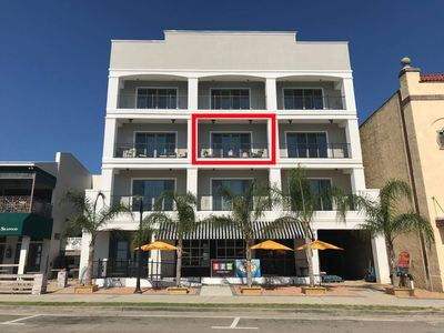 Beach Chic Condo in the Heart of Downtown BSL