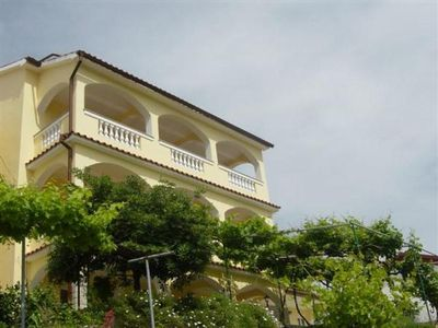Photo for Holiday apartment Lopar for 4 persons with 2 bedrooms - Holiday apartment
