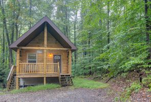 Photo for 2BR Cabin Vacation Rental in Bruceton Mills, West Virginia