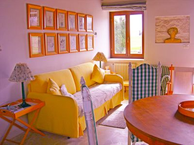 Photo for Yellow apartment -Agriturismo Casino Caprafico, at the foot of Majella