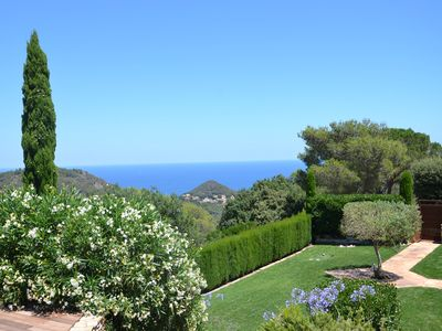 Photo for Modern cosy villa near beaches and village of Begur. Calm and green surrounding