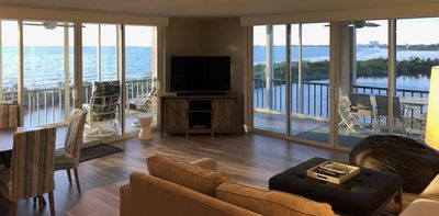 Photo for Creciente, Waterfront,Oceanfront. Beachfront.Wrap Around Corner Lanai .180° view