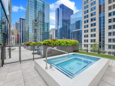 Photo for Centrally located apartment w/ shared pool & gym - steps from Riverwalk!