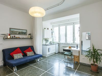 Photo for apartment a stone's throw from Trastevere and 15 minutes. from the center of Rome