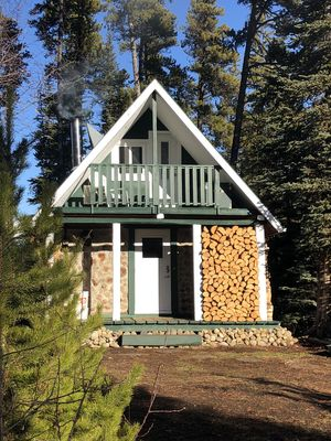 Photo for Rustic luxury off grid wilderness cabin