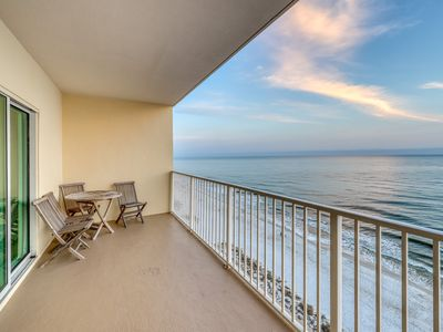 Photo for Gulf-front condo w/ balcony, beach access & shared pools/hot tub!