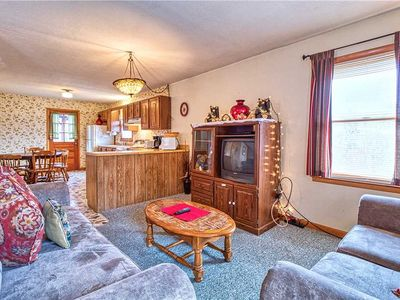 Photo for Overview, 2 Bedrooms, Grill, Hot Tub, Pool Table, Sleeps 6