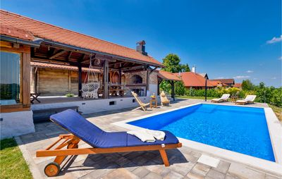 Photo for 3 bedroom accommodation in Martinkovec