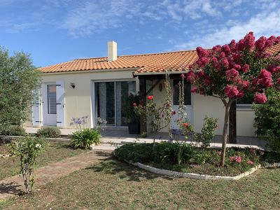 Photo for House on the outskirts of the island of Oléron