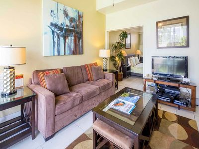 Photo for Park and Palm View Condo w/Free WiFi, Kitchen, Washer/Dryer–Waikiki Shore  #212