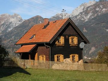 Restored farmhouse in a quiet location for up to 6 people
