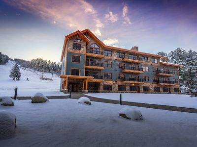 Photo for BRAND NEW CONDO AT THE BASE OF CRANMORE MOUNTAIN - 1 mile from North Conway