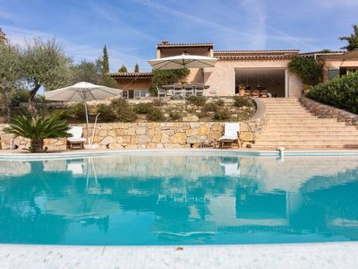 Photo for South French air-conditioned villa with heated pool and panoramic views
