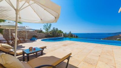 Photo for Stunning Large four bed Villa with large terrace and heated infinity pool
