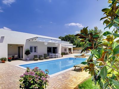 Photo for Villa with two private pools, 6 bedrooms, 5 bathrooms, washing machine, air conditioning, WiFi, sun beds, terrace and barbecue