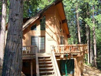 Photo for Dean Way Chalet - Spacious & Family-Friendly in Blue Lake Springs