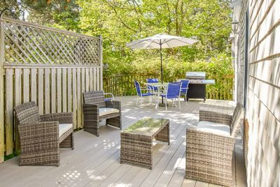 Deck - Make use of the gas grill for afternoon cookouts.