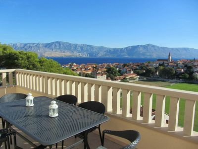 Photo for 4BR Apartment Vacation Rental in Postira, Brac