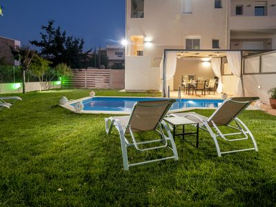 Photo for Dream villa luxury with private  heated pool and BBQ