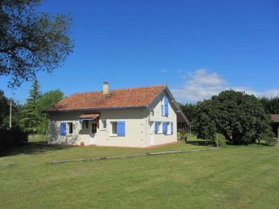 Photo for Gite Escource, 4 bedrooms, 8 persons
