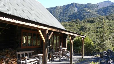 Photo for Lancewood lodge, the favourite log chalet for groups and multiple families