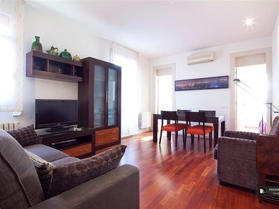 Photo for Friendly Rentals The Padilla Apartment in Barcelona