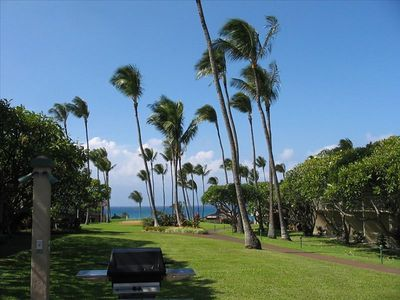 Photo for Napili Shores E142, 1 Bedroom Garden view on Napili Bay