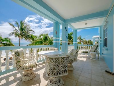 C2 🌴  Beachside With Large Veranda! 😎