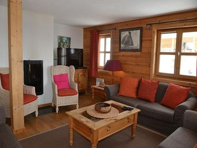 Photo for Chalet Flaine, 6 bedrooms, 12 persons
