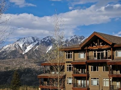 Photo for Luxury Condo by Main Plaza - Walk to Slopes - Gas Grill